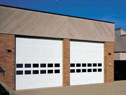 raynor_commercial_styleform_overhead_doors